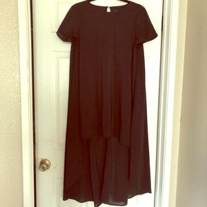 Dresses & Skirts - Black hi low dress
